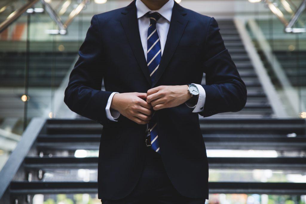 bli en bättre ledare med hjälp av ledarskapsutbildning på distans